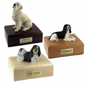 pet figurine urns
